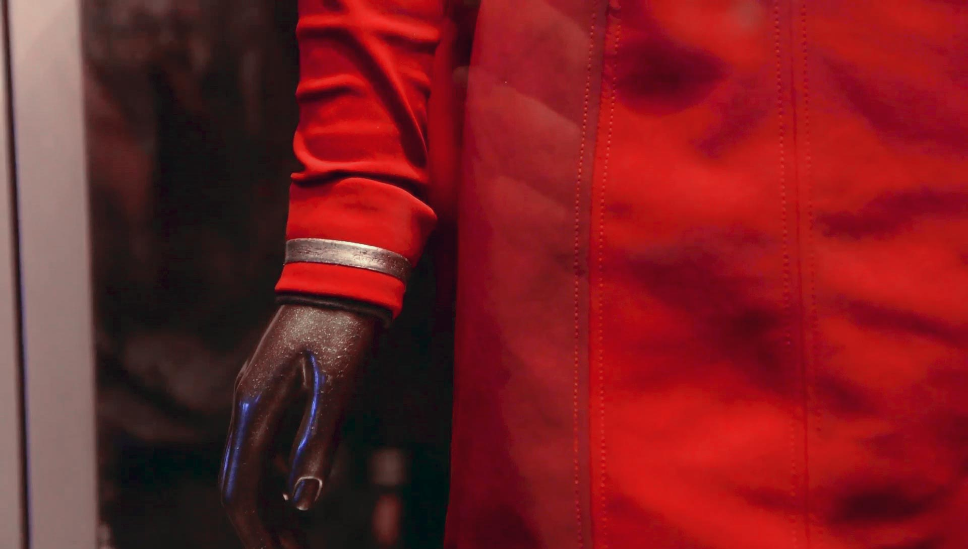 uhura-uniform