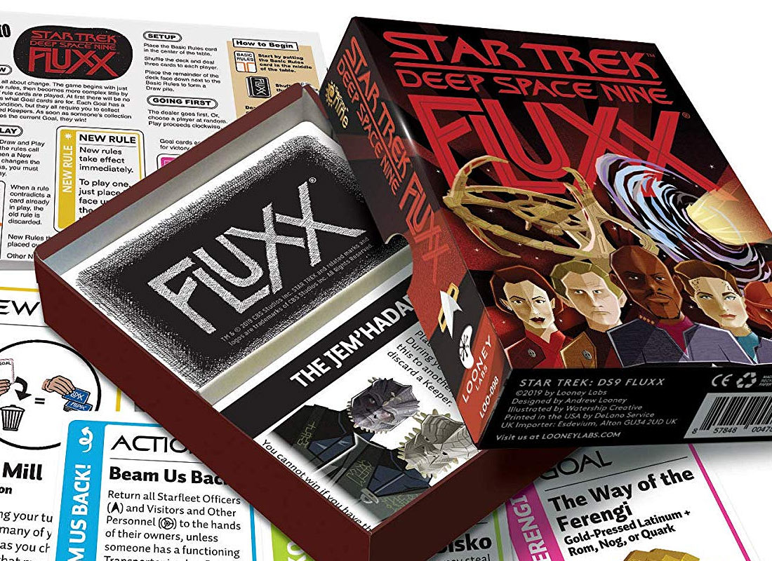 in space! The ever-changing card game.. Star Fluxx by Looney Labs Brand new