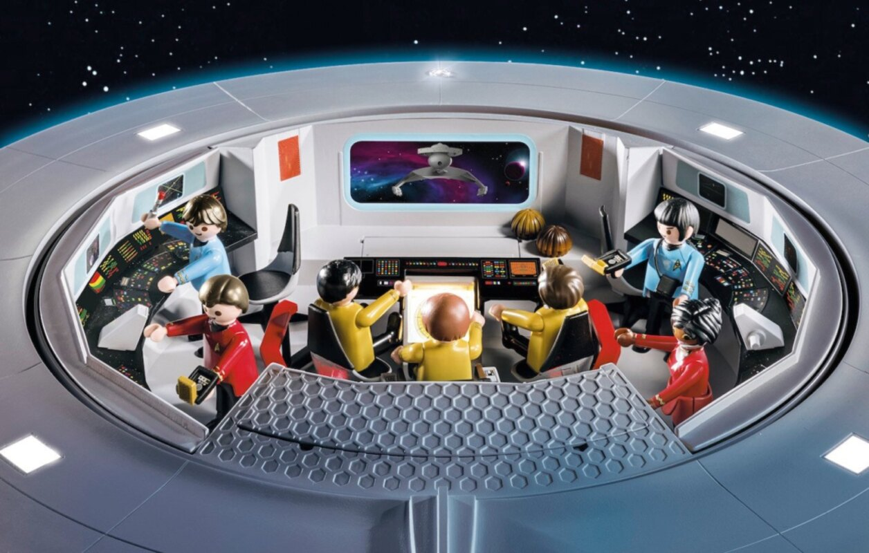 Playmobil Enters Star Trek Frontier With 42 Inch Classic Uss Enterprise Playset Coming This September Trekcore Com